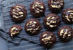 Cookie Swap, Cookie Bars, Cookie Dough, Bar Cookies, Chip Cookies, Chocolate Cookies, Melting Chocolate, Nanaimo Bars, Christmas Baking