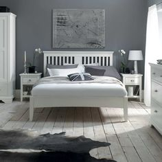The Carrington White 1 Drawer Nightstand - White Bedside Cabinet