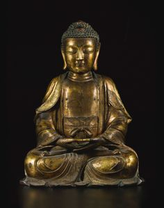 A LARGE GILT-BRONZE FIGURE OF BUDDHA MING DYNASTY.  Sold 250,00 USD;  16/03/16.   ||| sotheby's n09477lot8r79men