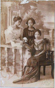 3 Sisters in 1900s