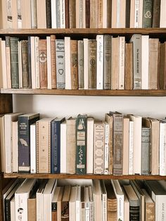 Favorite books to add to your home library - Favorite books to add to your home library - Cream Aesthetic, Brown Aesthetic, Aesthetic Vintage, Aesthetic Photo, Aesthetic Pictures, Aesthetic Light, Picture Wall, Photo Wall, Photographie Portrait Inspiration