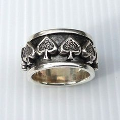 Not only is our Silver Spade Spinner Ring attractive with its spade signs style but also clever thanks to the spinning design. You can play with this ring! Silver Skull Ring, Mens Silver Rings, Silver Man, 925 Silver, Sterling Silver Rings, Skull Rings, Silver Jewelry, Mens Rings For Sale, Rings For Men