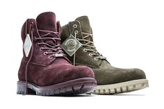 Just in time for fall, Timberland has dropped two exciting new colorways of the premium edition of its 6″ Boot. Featuring rich waterproof suede, the two silhouettes will be arriving in dark olive and dark port colorways. The boots are complete with a translucent lug sole and eye-catching translucent ice hang tag, alongside 100% recycled … | Just Lovely