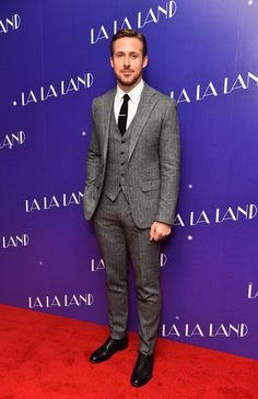 "Ryan Gosling and Emma Stone Soldier on for the ""La La Land"" London Screening Groom Suit Tweed, 3 Piece Tweed Suit, Mens Tweed Suit, Tweed Wedding Suits, Grey Suit Men, Tweed Suits, Three Piece Suit, 3 Piece Suits, Wedding Men"