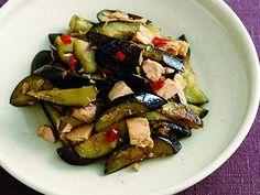なすとツナの塩炒め | うまみのある塩味に、ツナの味がよくからんで、赤とうがらしの辛みが味を引き締めます。