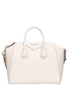 MEDIUM ANTIGONA GRAINED LEATHER BAG ($2435)