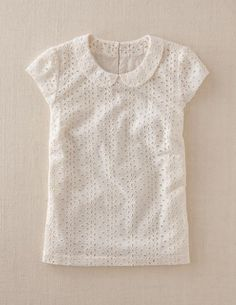 White eyelet blouse Peter Pan collar A sencha/ violet perhaps Pretty Outfits, Fall Outfits, Summer Outfits, Cute Outfits, Fashion Outfits, Womens Fashion, Mode Style, Style Me, Sewing Blouses