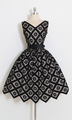 ➳ vintage 1950s dress * black floral cotton lace * cream acetate lining * detachable satin belt * metal back zipper * jagged edge hem condition | excellent fits like s/m length 42 bodice 15.5 bust 38 waist 27-28 ➳ shop http://www.etsy.com/shop/millstreetvintage?ref=si_shop ➳ shop policies http://www.etsy.com/shop/millstreetvintage/policy twitter | MillStVintage facebook | millstreetvintage instagram | millstreetvintage 5871/17...