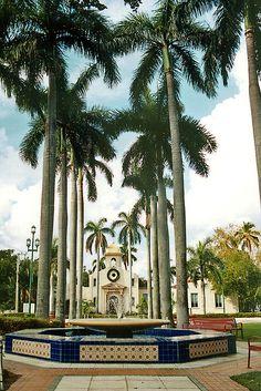 Sanborn Square and Old Town Hall  (Boca Raton, Florida)