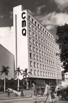 CMQ Building Title:C. radio station building (Havana, Cuba)Date:circa the front facade of the multi-story building. Usa Miami, Florida Usa, Yosemite National Park, National Parks, Vintage Cuba, Vintage Travel, Cuban Architecture, Ecuador, Cuba Pictures