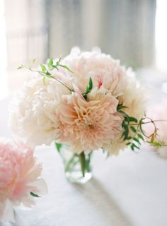 Simple dahlia centerpiece. (Dahlias are great because they are so full, they make a nice bouquet with fewer flowers)