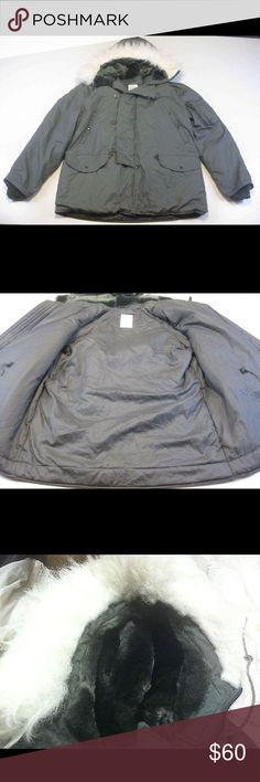 Parka jacket coat US Military USAF Cold Weather Park Jacket Coat Medium. Perfect conditions ! Jackets & Coats Military & Field