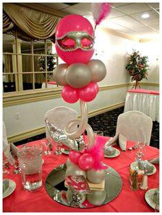 Masquerade sweet 16 Quinceañera Party Ideas - New Deko Sites Mardi Gras Centerpieces, Balloon Centerpieces, Balloon Decorations, Centerpiece Ideas, Masquerade Party Themes, Sweet 16 Masquerade, 10th Birthday Parties, Sweet 16 Birthday, Pink Birthday