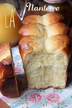 Recette de la brioche nanterreTemps de préparation : 20 minutes Temps de cuisson : 25 minutes Ingrédients pour 2 brioches - 500 gr de farine de gruau T.45 - 60 gr de sucre semoule - 9 gr de sel fin - 6 oeufs - 20 gr de levure fraîche boulangère (1/2 cube) - 240 gr de beurre à température ambiante