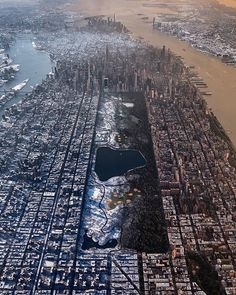 Post with 5644 votes and 163020 views. Tagged with photography, new york city, winter; New York Winter New York Winter, Central Park, Photographie New York, New York City, New York Photos, Concrete Jungle, Aerial View, City Photo, Cool Photos