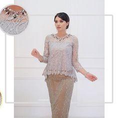 New Dress Brokat Longgar 67 Ideas Kebaya Lace, Kebaya Brokat, Dress Brokat, Kebaya Dress, Kebaya Modern Hijab, Model Kebaya Modern, Blouse Batik, Batik Dress, Trendy Dresses