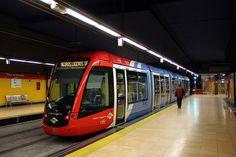 Madrid (ML1) by Jean (tarkastad), via Flickr Madrid Metro, Metro Rail, Metro Subway, Rapid Transit, U Bahn, Electric Train, Light Rail, Commercial Vehicle, Trains