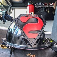 FEATURED POST  @epn564 -  St. Louis E2 helmet. @stlfd_pio . . ___Want to be featured? _____ Use #chiefmiller in your post ... http://ift.tt/2aftxS9 . . CHECK OUT! Facebook- chiefmiller1 Periscope -chief_miller Tumblr- chief-miller Twitter - chief_miller YouTube- chief miller . .  #firetruck #firedepartment #fireman #firefighters #ems #kcco #brotherhood #firefighting #paramedic #firehouse #rescue #firedept #workingfire #feuerwehr #brandweer #pompier #medic #retten #firefighter #bomberos…