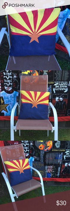 🚩Arizona Flag Pillow Cover 🚩 20x20 pillow cover with the Arizona flag design on the front and handkerchief print on the back. Envelope flaps on the back back for easy removal for washing! Celebrate the Grand Canyon State in style! Other
