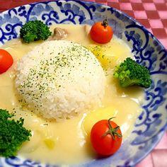 またまた娘のリクエストに素直に応えるオヤジバカの巻♪( ̄▽ ̄)でした - 274件のもぐもぐ - TETSU♪さんの料理 オヤジ特製「クリームシチュー」からの⤴︎シチューご飯♪ 旨いよ〜! by tetsu333
