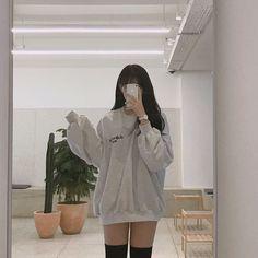 K Fashion, Korean Girl Fashion, Ulzzang Fashion, Kpop Fashion Outfits, Korean Outfits, Mode Outfits, Cute Casual Outfits, Ulzzang Girl, Pretty Outfits