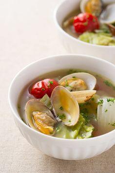 こちらはお手軽簡単なおかずスープ。他のおかずを作っている間にサクッと作れるのは嬉しいですね。