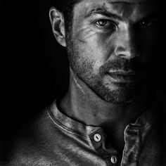 Black and white portrait by Betina La Plante Eye Photography, People Photography, Conceptual Photography, Photography Lighting, Photography Gallery, Creative Photography, Amazing Photography, Black And White Portraits, Black And White Photography