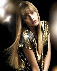 Sexy Pin Straight Hair with Straight Across Bangs. Most girls ask for loose curls for their boudoir shoot.why not stand out from the crowd and go for pin straight hair? Cute Girls Hairstyles, Holiday Hairstyles, Hairstyles With Bangs, Trendy Hairstyles, Straight Hairstyles, Long Haircuts, Amazing Hairstyles, Layered Hairstyles, Straight Across Bangs
