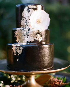 26 Chocolate Wedding Cake Ideas That Will Blow Your Guests' Minds - chocolate wedding cake - Wedding Cake Photos, Wedding Cake Stands, Unique Wedding Cakes, Wedding Ideas, Party Wedding, Wedding Signs, Wedding Stuff, Wedding Planning, Wedding Inspiration
