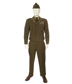 Army Winter Service Uniform 1951 Korean War, one just like my Dad would have worn. Army Uniform, Military Uniforms, Julius Caesar Costume, Military Fashion, Military Style, I Miss You Dad, United States Army, Korean War, My Dad