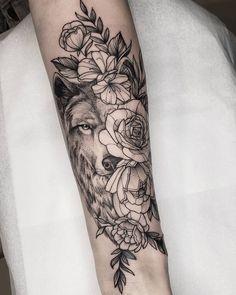 Forearm Tattoos, Sexy Tattoos, Body Art Tattoos, Small Tattoos, Pretty Tattoos, Wolf Sleeve, Wolf Tattoo Sleeve, Wolf Tattoos For Women, Sleeve Tattoos For Women