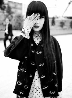 Kozue Akimoto this kenzo is old but still looks pretty cool when styled right