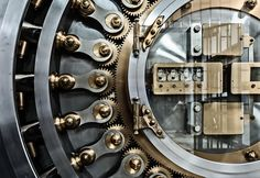 Come investire i risparmi in modo sicuro Mechanical Design, Mechanical Engineering, Burial Vaults, Heist Society, Antique Safe, Safe Door, Architecture Foundation, Safe Vault, Vault Doors