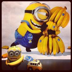 #stickaminiononit #minions #despicableme mini-minion-mobile making a banana delivery