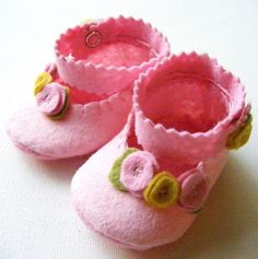 Felt+Baby+Booties+Perfect+Pink+Baby+Girl+by+ShesSoCraftyGoods1,+$26.50