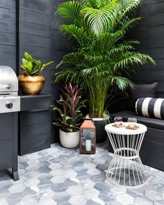 Relaxing and dining alfresco is elevated on this chic fashion-inspired patio oasis in the Bronx. Aphrochic created an entertaining space in a bold palette that can be enjoyed year-round. Check out this DIY!