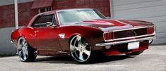"""The very popular Camrao A favorite for car collectors. The Muscle Car History Back in the and the American car manufacturers diversified their automobile lines with high performance vehicles which came to be known as """"Muscle Cars. Chevrolet Camaro, Camaro Auto, 1967 Camaro, Corvette, Bmw M Power, Old School Cars, Sweet Cars, Pony Car, Us Cars"""