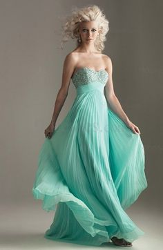 Elegant Column Strapless Chiffon Backless Floor Length Bridesmaid Dress