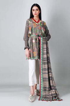 Pakistani Suits Online, Pakistani Outfits, Suits Online Shopping, Frock Fashion, Lawn Suits, Salwar Suits, Winter Collection, Frocks, Ready To Wear