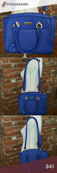"""Charles & Keith Gorgeous Blue Purse Nwot, This bag is so pretty brand new, never used. Measured from.centered of purse across Aprox 12"""" and 9 """" tall. Charles & Keith  Bags Shoulder Bags"""