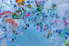 From Singapore Art Museum (SAM), Zi Xi Tan, Plastic Ocean Plastic, nylon string, wooden pedestals Plastic In The Sea, Plastic Art, Rainforest Crafts, Singapore Art Museum, Waste Art, Trash Art, A Level Art, Environmental Art, Recycled Art