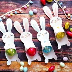gifts for kids non candy Easter Bunny Candy Holders Easter Candy, Easter Gift, Easter Treats, Easter Decor, Candy Crafts, Paper Crafts, Ostergeschenk Diy, Easter Presents, Diy Ostern