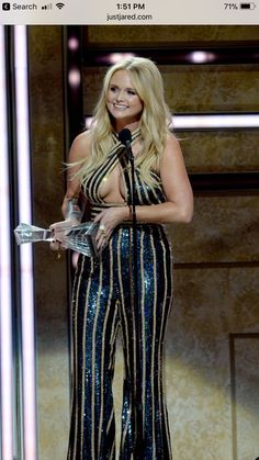 Miranda Lambert - Wore wore a daring a Gunmetal Criss Cross Neckline Evening Jovani jumpsuit (Product whilst accepting an award onstage during the 2018 CMT Artists of The Year at Schermerhorn Symphony Center on October 2018 in Nashville, Tennessee. Miranda Lambert Bikini, Miranda Lambert Photos, Blond, Country Music Singers, Keith Urban, Dolly Parton, Carrie Underwood, Hollywood Celebrities, Sexy Hot Girls