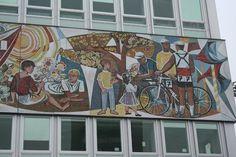 Haus des Lehrers, Berlín: Zobrazte recenze, články a fotografi z Haus des Lehrers na webu TripAdvisor.