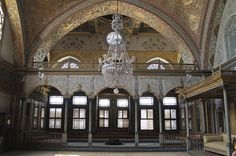 Private Tour: Topkapi Palace including Harem Entrance Your own private tour will follow an adaptive route that visits the latest openings in the palace, giving you access to the best of Topkapi Palace away from tourist crowd, including famous and mysterious palace harem. Certified local English-speaking tour guides will provide you with their undivided attention in order for your to get best possible impression from the visit, any day you choose to visit.Topkapi Palace is as m...