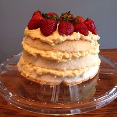 Angel pineapple lush cake!!! Angel food cake cut in 3rds, mix undrained  crushed pineapple with dry vanilla pudding mix and 1 cup whip cream. Spread between layers top with strawberries refrigerate for 1 hr. YUM!!!