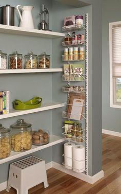 Kitchen Pantry Design, Kitchen Organization Pantry, Diy Kitchen Storage, New Kitchen, Kitchen Decor, Pantry Ideas, Pantry Diy, Medicine Organization, Spice Storage