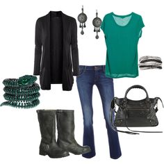 love everything but the boots...they don't go with the outfit at all