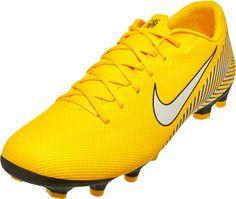 Get the Nike Neymar Vapor 12 Academy MG cleats from SoccerPro. Tenis 7168da82d04