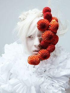 資生堂、花をテーマにした創作ヘア&メーキャップ写真展 - ビジュアルに松岡モナを起用 - 写真2 | ファッションニュース - ファッションプレス